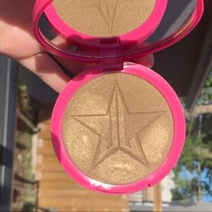 Jeffree Star Cosmetics skin frost SO F%cking GOLD